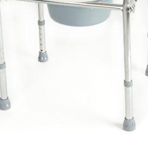 Silla sanitaria con orinal de acero